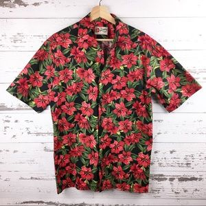 HILO HATTIE Hawaiian Christmas Poinsettia Shirt